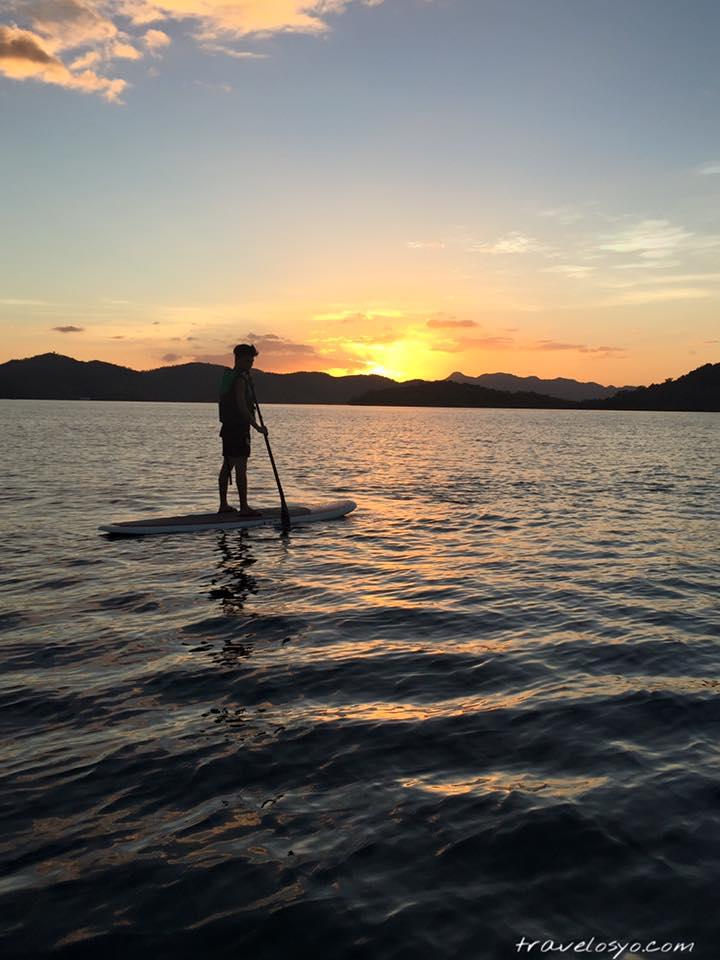 28-Paddle boarding