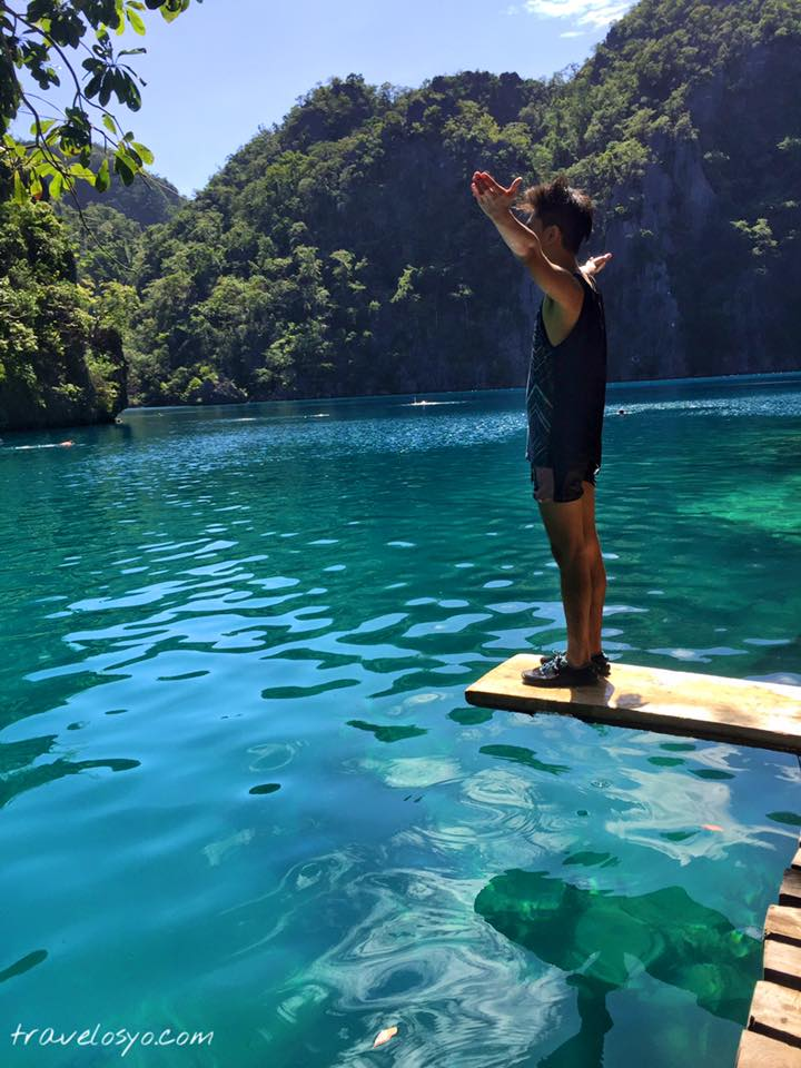 8-Kayangan lake pose